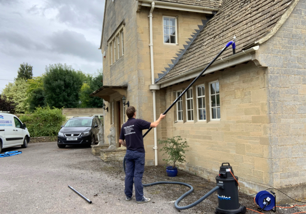 gutter cleaning company tetbury